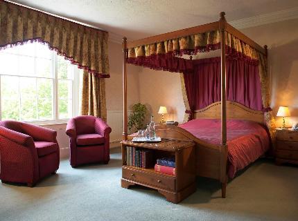 Rumwell Manor Hotel